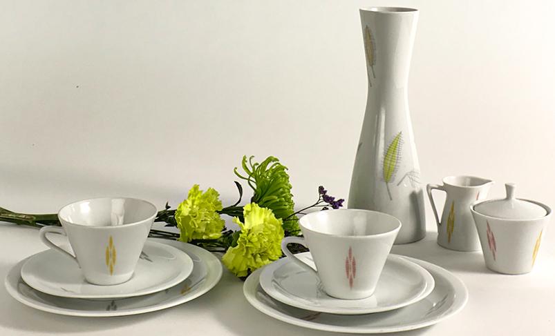 fruehstuecksset-mit-vase-50er-jahre
