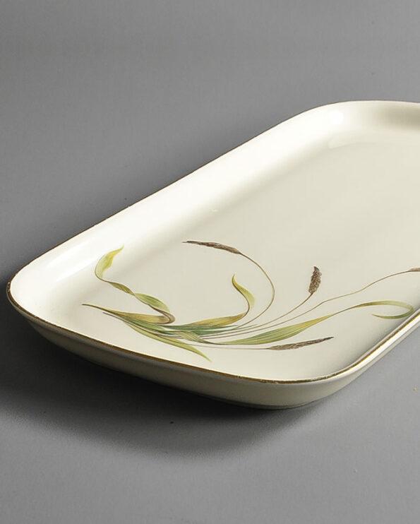 lange-kuchenplatte-graeser-porzellan-detail.jpg